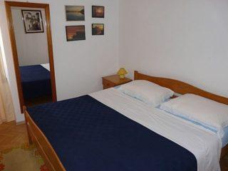 Faflja Kastel Room 1